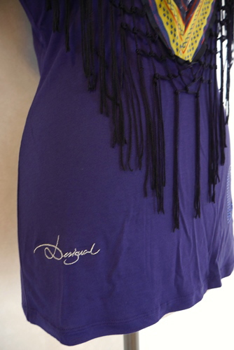 Desigual(デシガル)Tシャツ