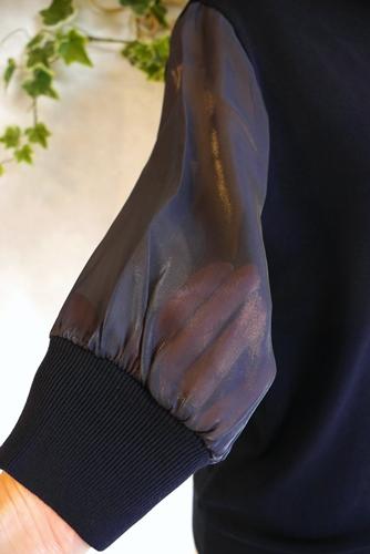 EMUE チュール袖 コットンハイネックニット 五分袖