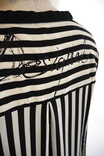 Desigual(デシガル)長袖シャツ